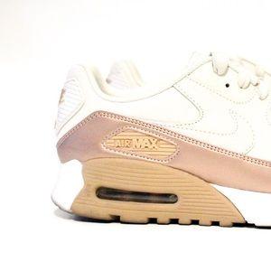 Nike Shoes - Nike Air Max 90 Ultra SE Ladies 8.5